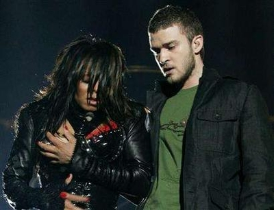 Janet Jackson Wardrobe Malfunction Picture photo